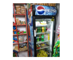 Cold drink fridge co name western 350 litar. running condition