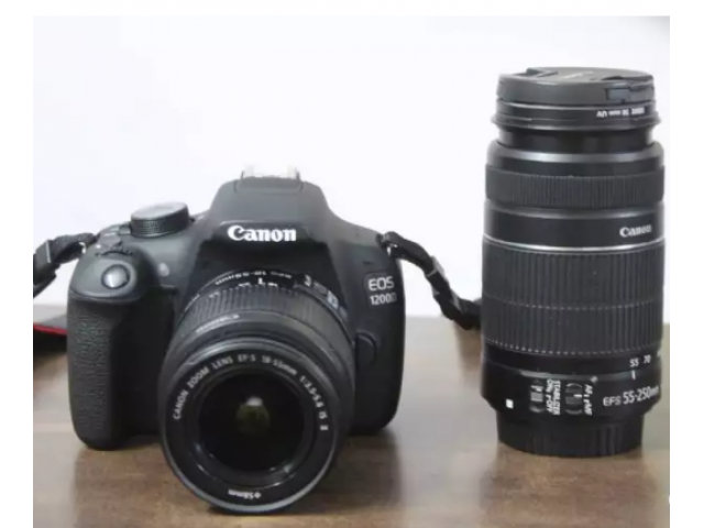 Canon 1200D with dual lens