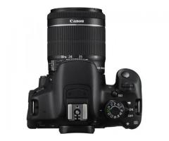 Canon 700d with dual lenses 18 55mm lens and 55 250mm lens