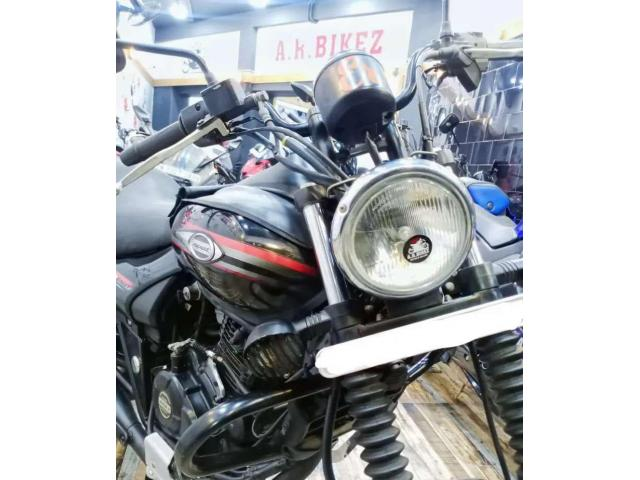 Second hand Bajai Avenger 220cc Street Black in Chennai