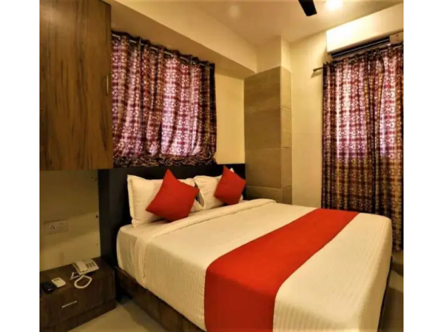 STUDIO( HOTELS ) - SHARING HOME FOR MALES - FEMALES