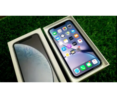 Apple iPhone XR 128gb White Color One Year Old. Excellent Condition.