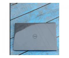 Dell Excellent condition Core i3 6th Gen used Laptop 4GB DDR4 RAM 500GB HDD