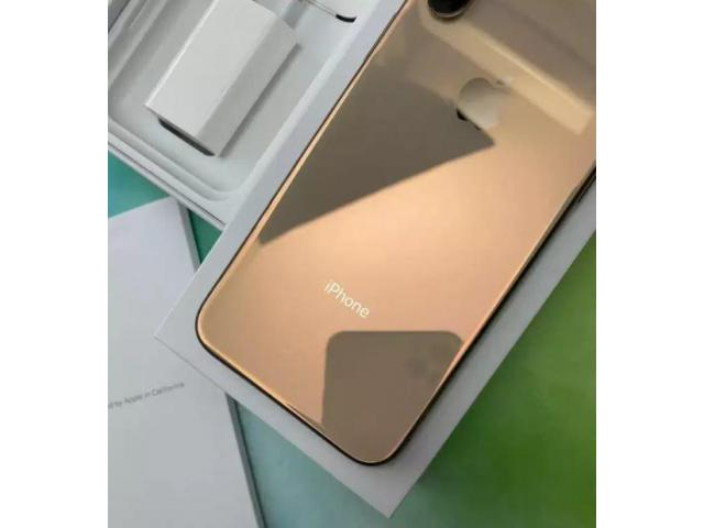 second hand mobile| refurbished iPhone with accessories & warranty at Affordable price