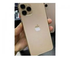 ALL APPLE USED IPHONE 2020 MODELS WITH BILL BOX & WARRANTY. HURRY UP !!
