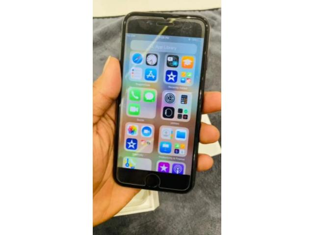 Used for 15 days iphone se 2020 64GB