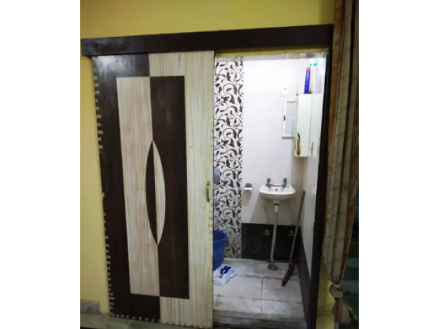 Fully furnished room for rent available for rent for BOYS near Subhash Nagar me
