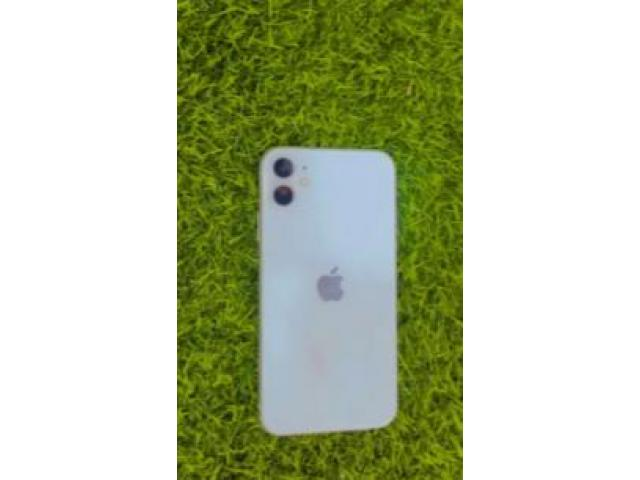 second hand mobile | IPHONE 11 OUT OF WARNTY 64 GB 98% BATTERY HELTH