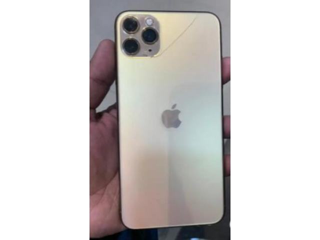 second hand mobile   Iphone 11Pro Max, 256gb (Gold colour), Back Glass Break h, 89% health.