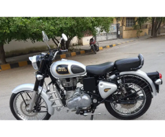 Royal Enfield Classic 350 BS4 model second hand bike at good condition