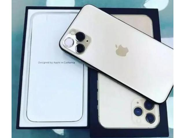 USED APPLE IPHONE 2020 MODELS WITH BILL BOX AND WARRANTY AVAILABLE HERE